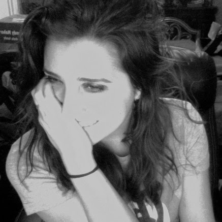 Jessica West Photo 35