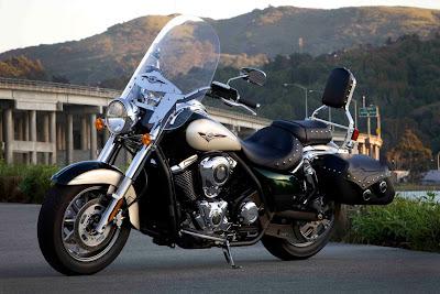 2011-Kawasaki-Vulcan-1700-Classic-LT