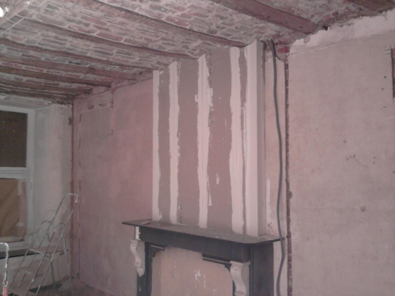 Les petits gravats pr paratifs plafonnage for Plafonnage mur exterieur