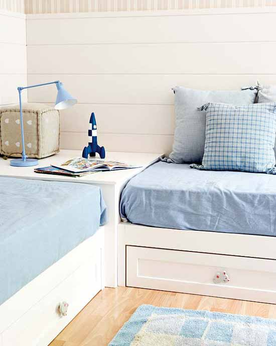 Designing home 10 design solutions for small bedrooms - Twin bed for small space property ...