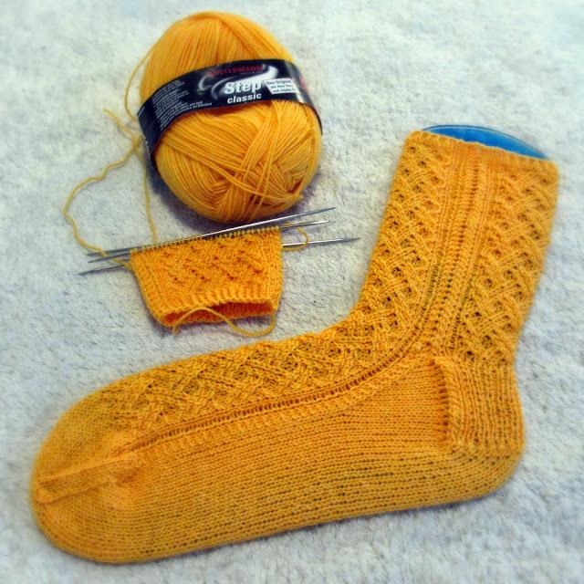 Keltaiset Inlay -sukat