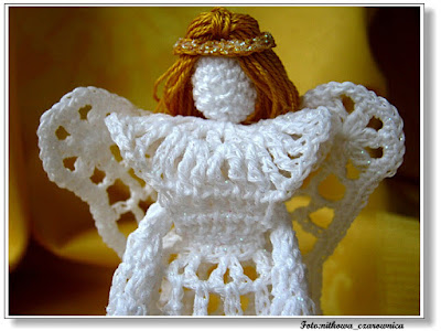 aniołek szydełkowy