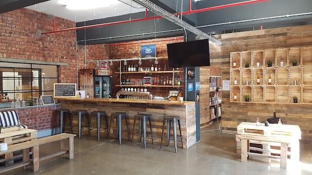 The Mash Tun Craft Beer and Wine Bar