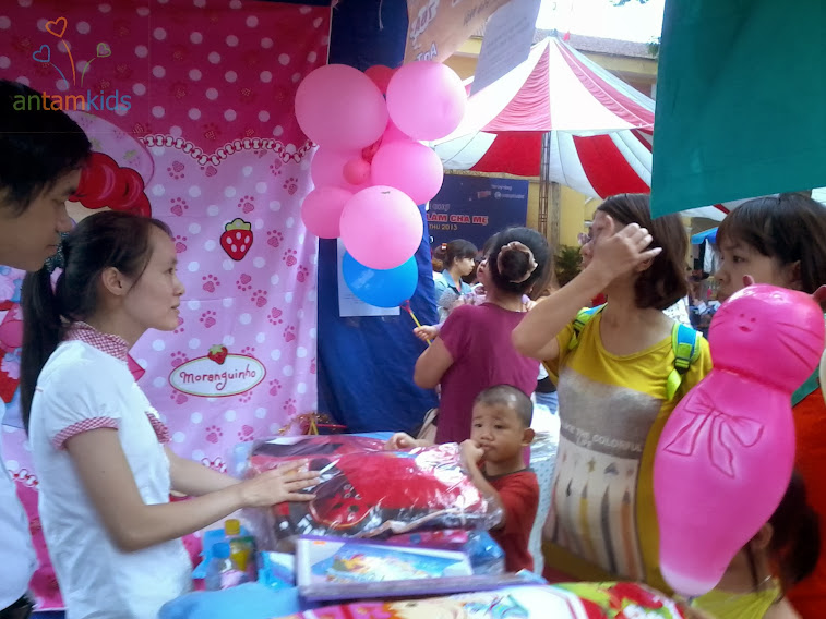 Chăn ga gối mền drap đẹp, chan ga goi men drap phong cách Hàn Quốc cho bé trai bé gái nhà AnTamKids tại Hội chợ Lamchame t92013, ngộ nghĩnh đáng yêu xinh xắn