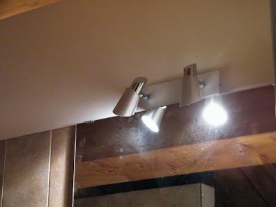 La nostra casetta la luce dello specchio - Frasi sul riflesso dello specchio ...