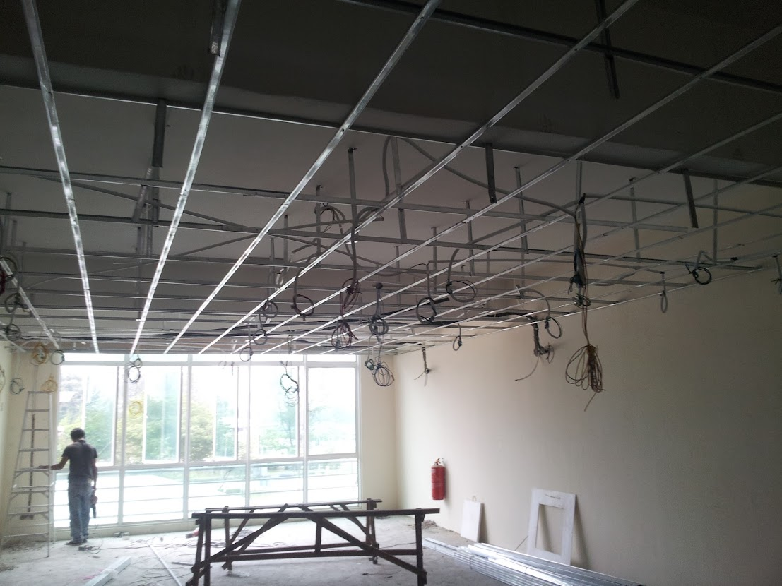 wiring at ceiling