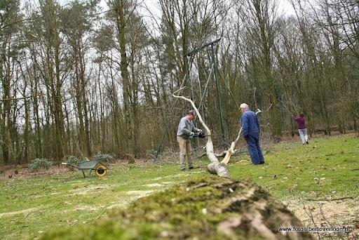 houthakkersmeewerkdag overloon 3-03-2012 (50).JPG