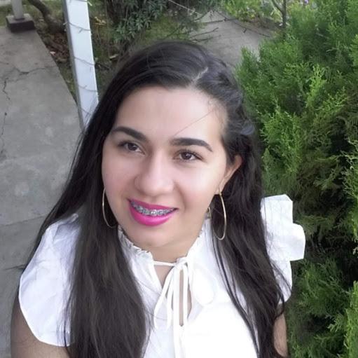 Jackeline Sanchez Photo 23