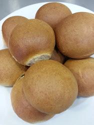 Ψωμάκια με χαλούμι