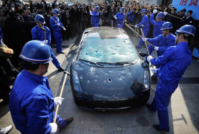 Lamborghini 2011