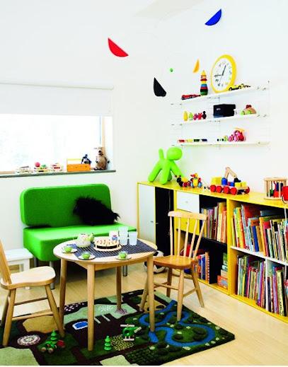 Mesas infantiles.