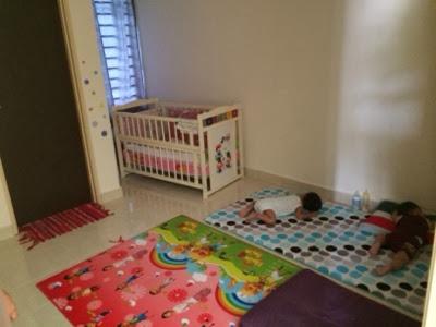 Bilik Baby Bawah 1 Tahun Setengah Ada 3 Budak 4 Bulan Dalam Cot Je Taska Tu Yang Besar Sikit Tidur Pas Bawak