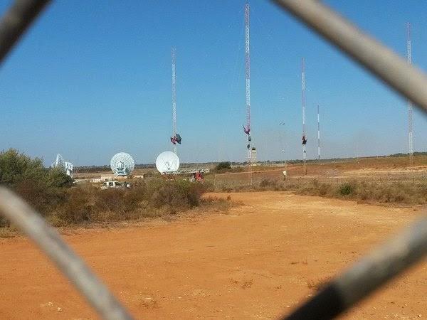 No MUOS, Niscemi, 7 sulla antenna, 300px
