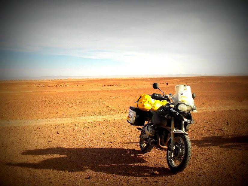 Marrocos e Mauritãnia a Queimar Pneu e Gasolina - Página 13 DSCF1456