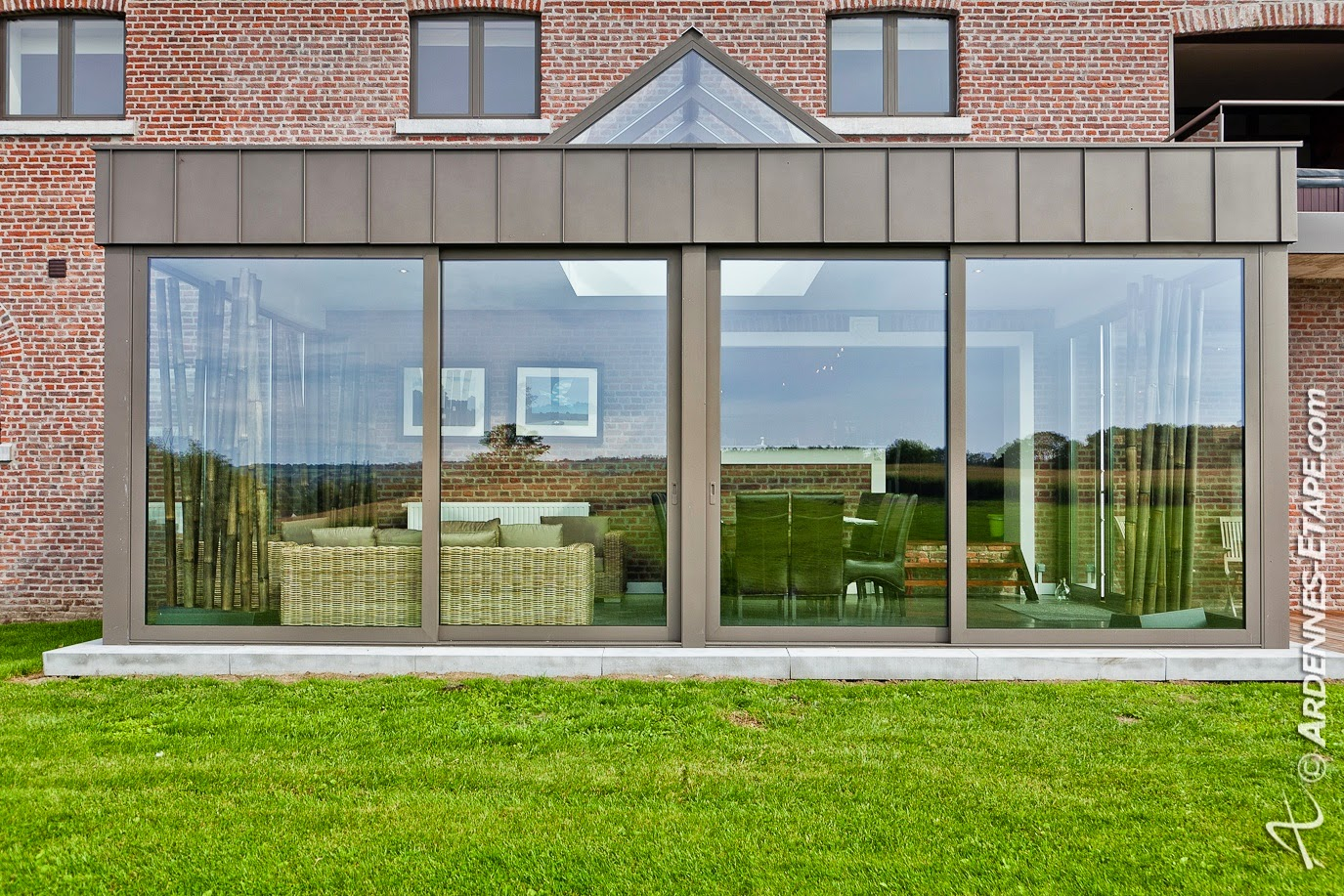 prix moyen veranda prix moyen d 39 une v randa de 15m2 veranda prix moyen au m2 prix veranda. Black Bedroom Furniture Sets. Home Design Ideas