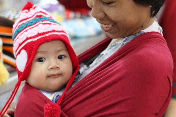Diana dan Kupluk Bayi Lucu