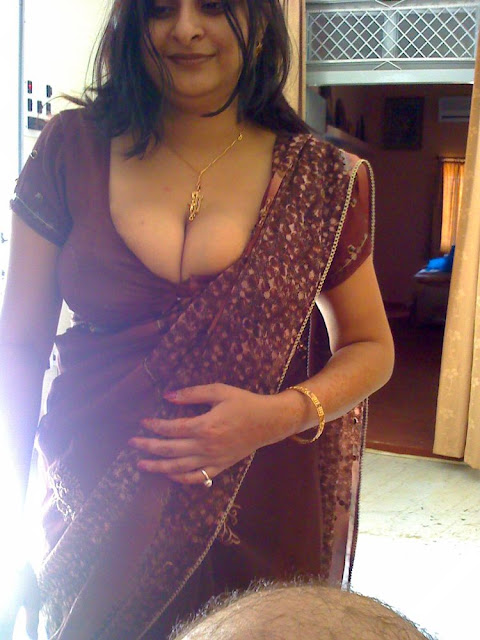Hot Aunties Full Boob Show Photos  Telugu Mp3 Songs-1054