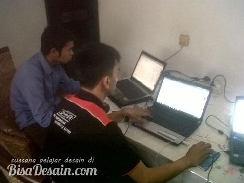 Suasana Kursus Desain Grafis Bandung - Bisadesain