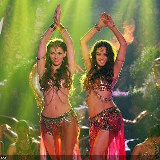 Scarlett Wilson and Maryam Zakariya in Nagin Dance- Bajatey Raho