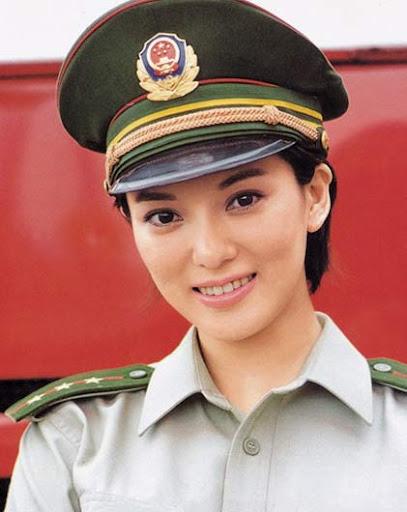 波神彭丹甘肅政協委員