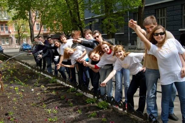 Наші студенти ініціюють суспільні заходи