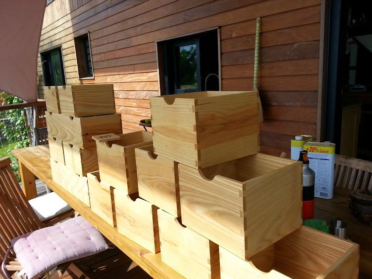 Une série de petites boites 20140515_113017