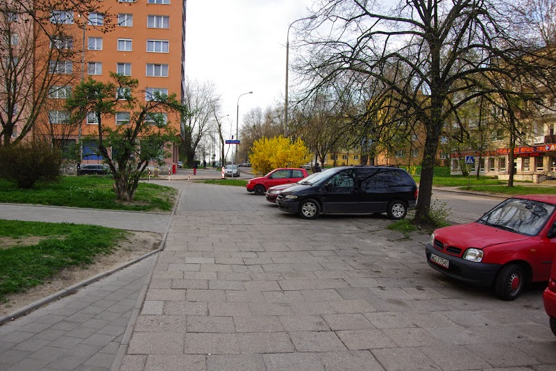 Czy w raz z przebudową chodniki zostaną uwolnione od parkujących samochodów?