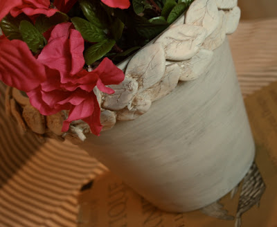 Clay Leaf Planter