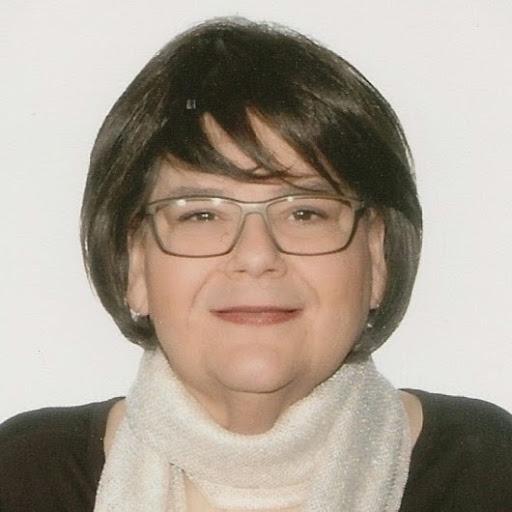 Lisa Ennis