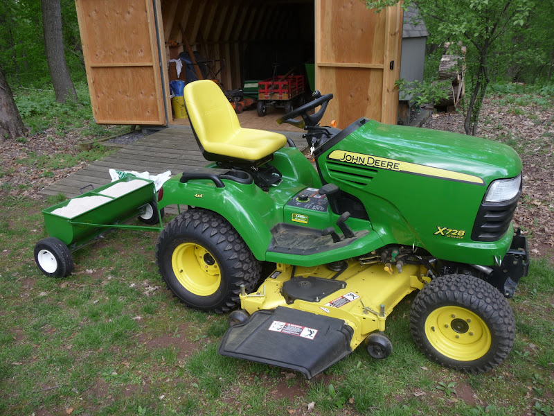 John Deere Spreaders Lawn Tractor : Which pull behind spreader mytractorforum the