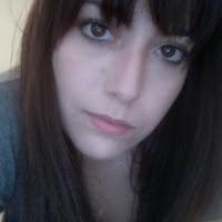 Emma Loret de Mola's avatar