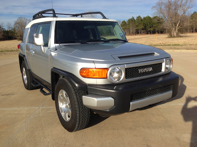Sell Used 2008 Toyota Fj Cruiser Low Miles In Lufkin