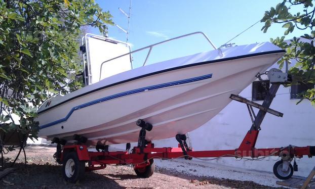 Лодки Second-hand Нов Внос 8818312606