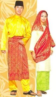 KEUNIKAN DI MALAYSIAa pakaian lambang warisan keagungan
