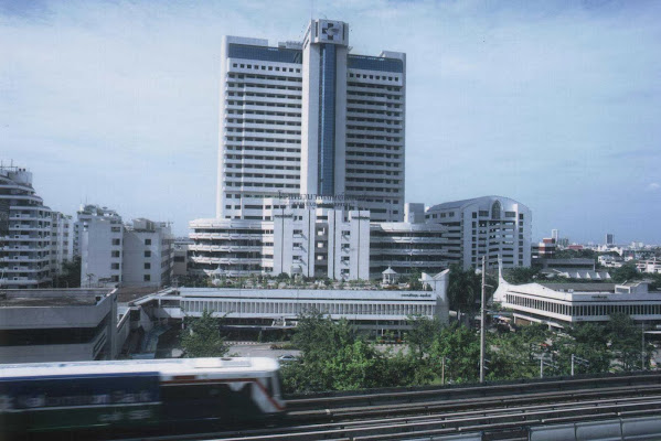 St. Louis Hospital, 27 ถนนสาทรใต้ แขวงยานนาวา กรุงเทพมหานคร 10120, Thailand