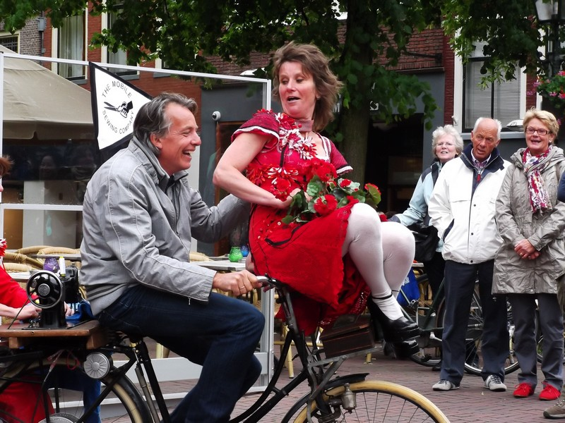 Delft Olandese su in Bici