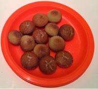 A plate of doughnut balls