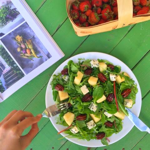 Теплый салат из морепродуктов рецепты