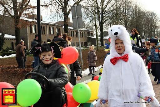 carnavalsfeest op school 08-02-2013 (57).JPG