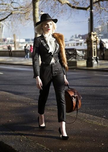 Street Styles & Fashion