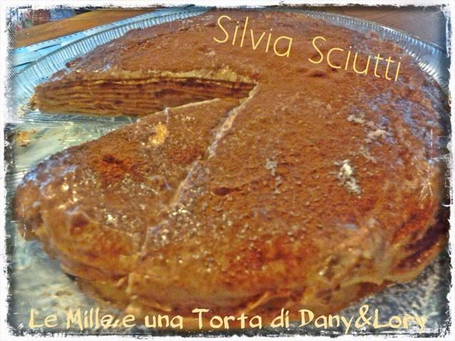 torta di crepes con crema chantilly al cioccolato