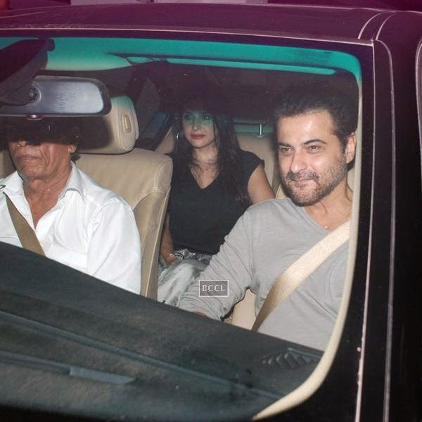 Sanjay and Maheep Kapoor leave after attending Karan Johar's party, organised at his residence, on July 26, 2014.(Pic: Viral Bhayani)