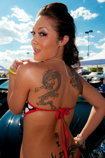 dragon tattoo girl