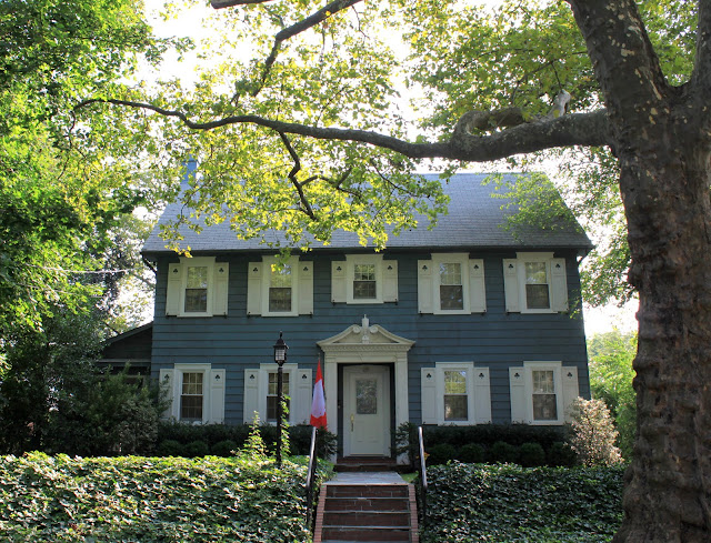 Traditional New Englanf Colonial Randall Manor Staten Island