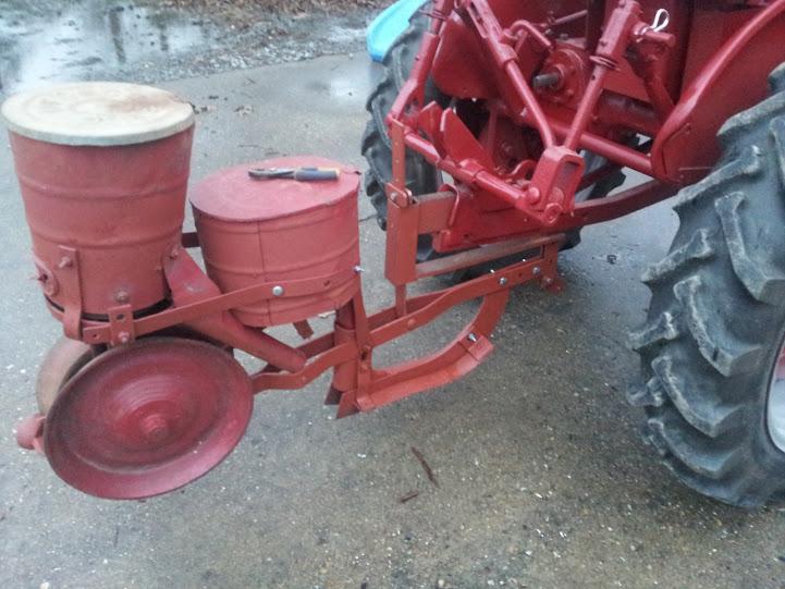 Fast Hitch Build For Cole Planter Farmall Cub