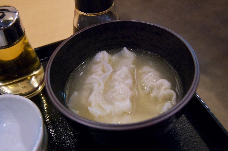 鶏白湯・水餃子
