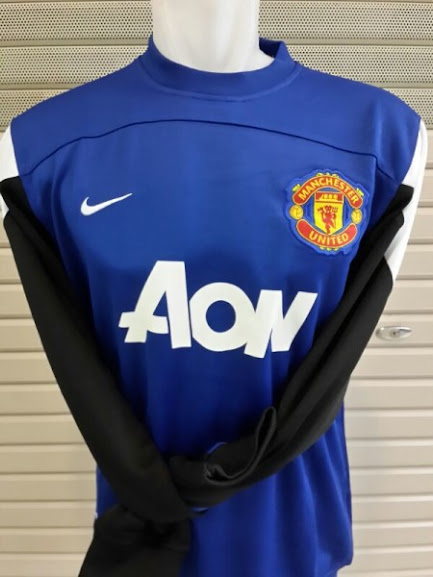 Jual Sweater Manchester United Biru AON 2014