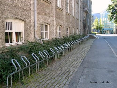 Uniwersytet NTNU - parking rowerowy (przerwa wakacyjna)