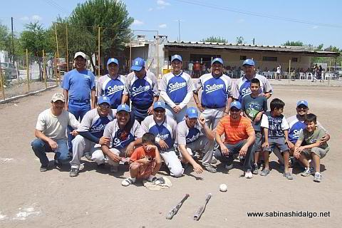 Eauipo SUTERM del torneo de softbol del Club Sertoma