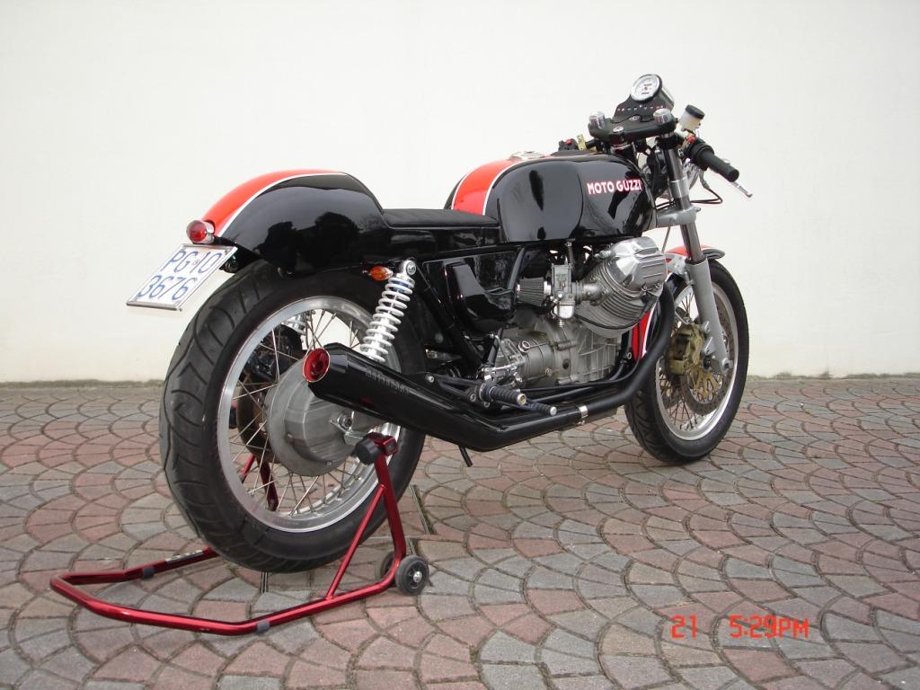 cafe racer special moto guzzi caf racer. Black Bedroom Furniture Sets. Home Design Ideas
